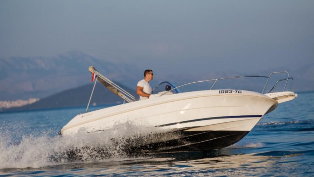 Boat rental Trogir cheap Cap Camarat 555