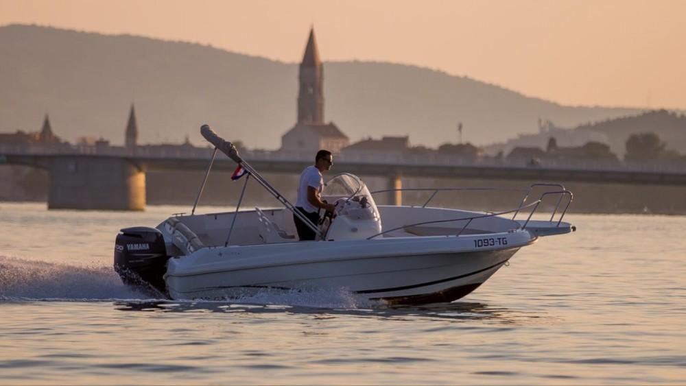Rental yacht Trogir - Jeanneau Cap Camarat 555 on SamBoat