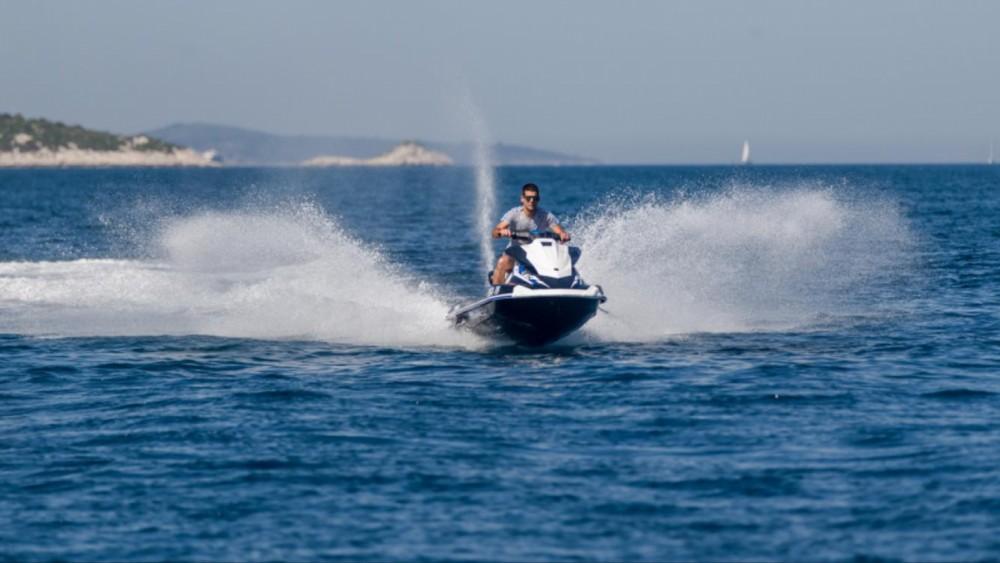 Boat rental Yamaha VX DeLuxe in Trogir on Samboat