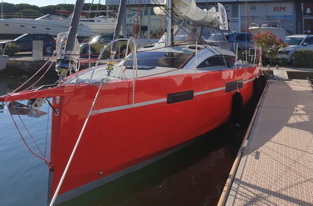 Boat rental Le Grau-du-Roi cheap RM1070