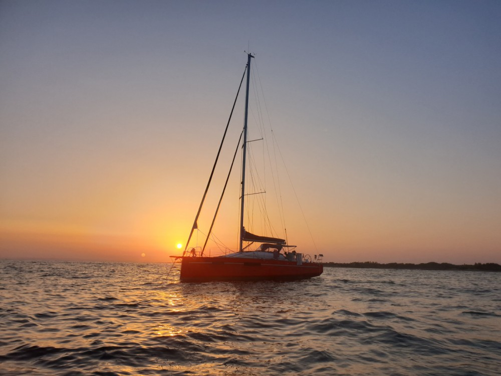 Hire Sailboat with or without skipper Fora Marine Le Grau-du-Roi