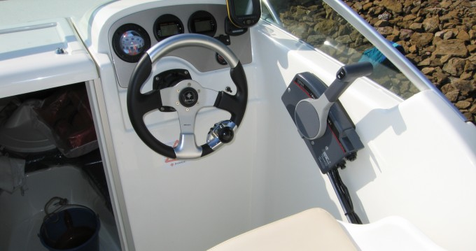 Rental yacht Corny-sur-Moselle - Jeanneau Leader 545 on SamBoat