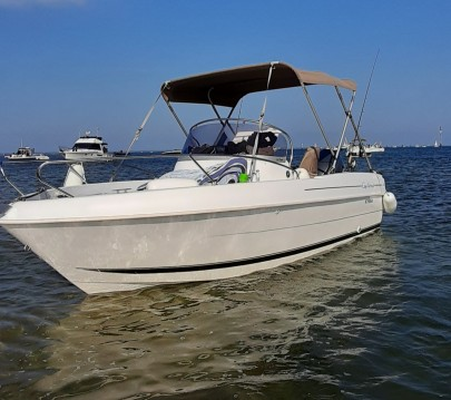 Hire Motorboat with or without skipper B2 Marine Lanton