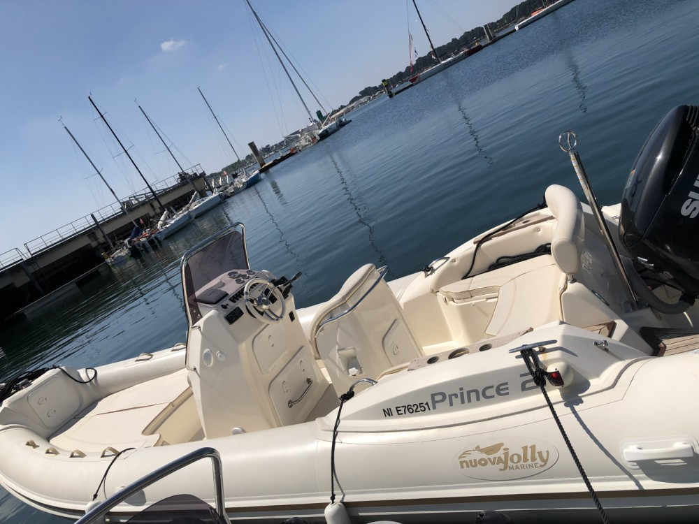 Rental yacht Lorient - Nuova Jolly Prince 21 on SamBoat