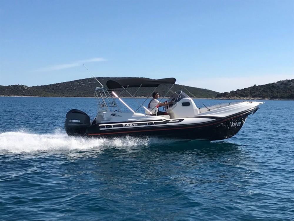 Rental Motorboat Zar Formenti with a permit