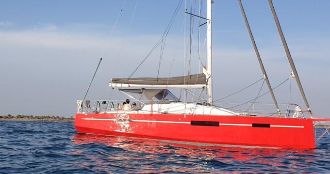 Boat rental Port-Camargue cheap RM1070