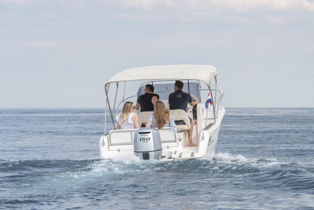 Rent a Elan Fishing 650 Cabin  Grad Zadar