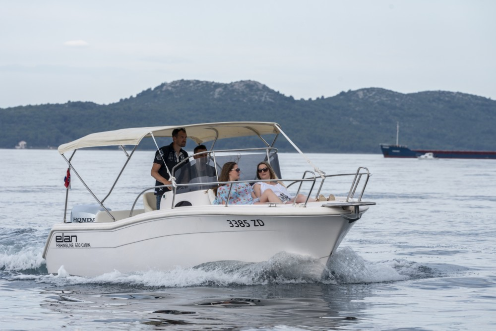 Boat rental Elan Fishing 650 Cabin  in Grad Zadar on Samboat