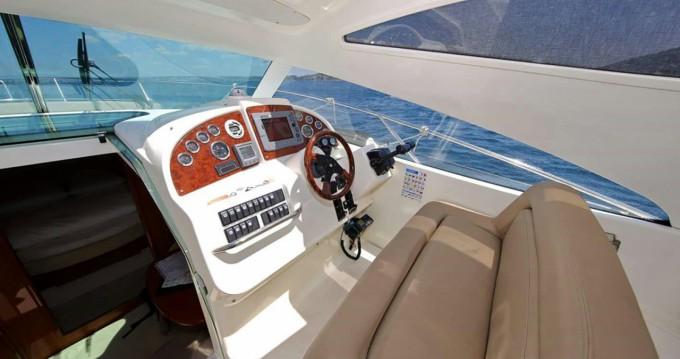 Boat rental Jeanneau Prestige 34 in Zadar on Samboat