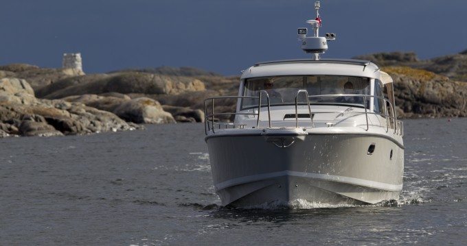 Rental yacht Agde - Nimbus 335 Coupé on SamBoat