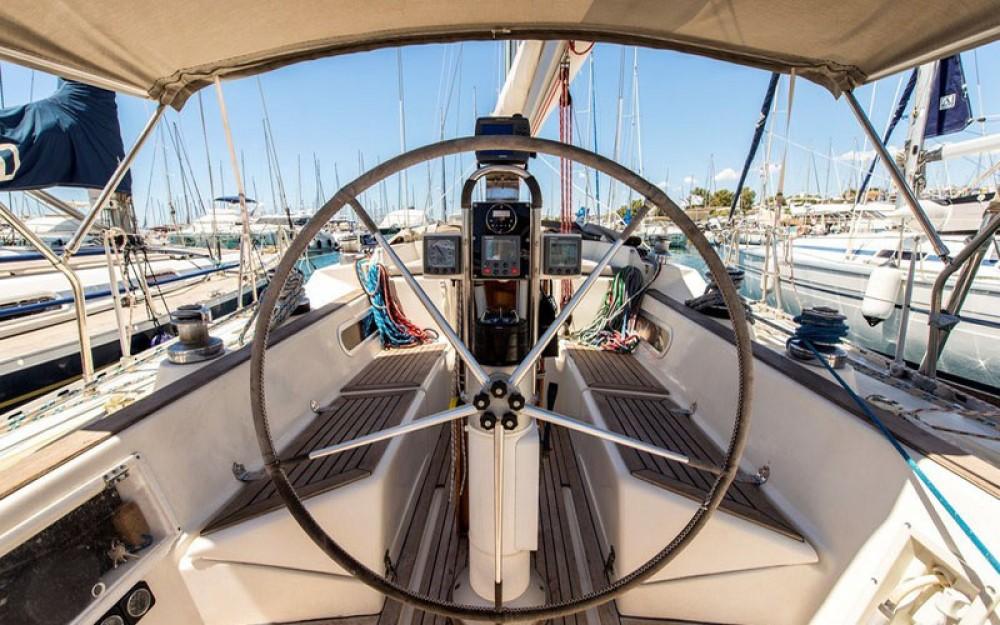 Boat rental Marína cheap Triton 48