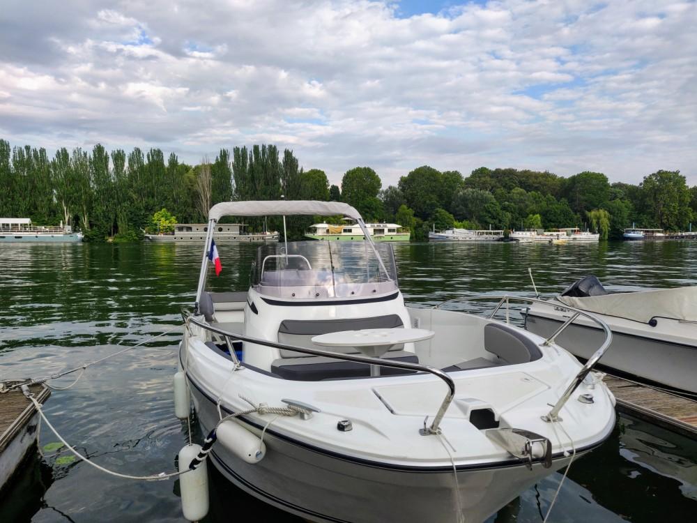 Rental yacht Paris - Jeanneau Cap Camarat 6.5 CC Serie 3 on SamBoat