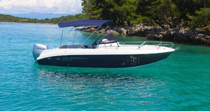 Rental Motorboat in Malinska-Dubašnica - Atlantic marine open 670