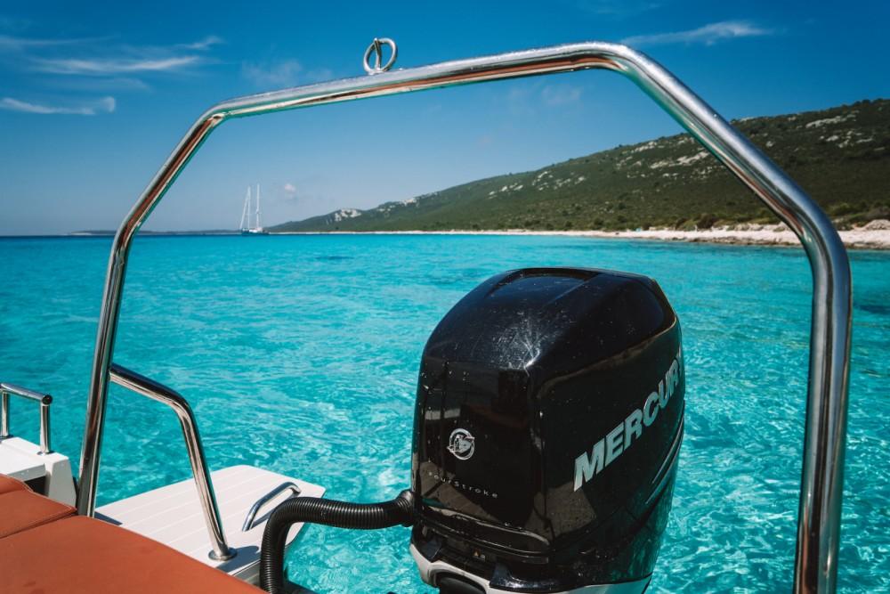 Axopar 28 T-Top between personal and professional Grad Zadar
