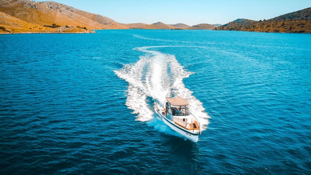 Boat rental Axopar 28 T-Top in Grad Zadar on Samboat