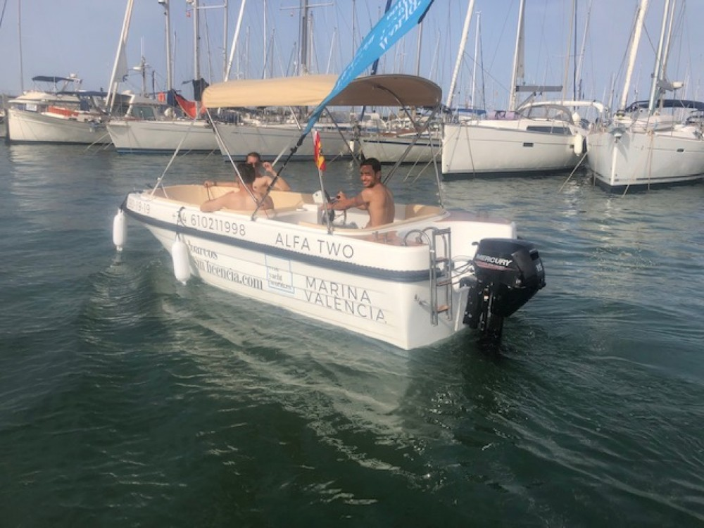 Motorboat for rent Valencian Community at the best price