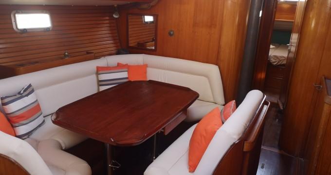 Boat rental La Seyne-sur-Mer cheap Sun Magic 44