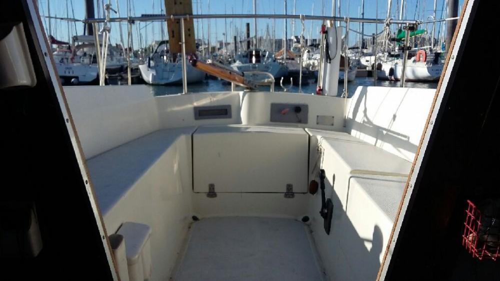 Boat rental Jeanneau Poker in La Rochelle on Samboat