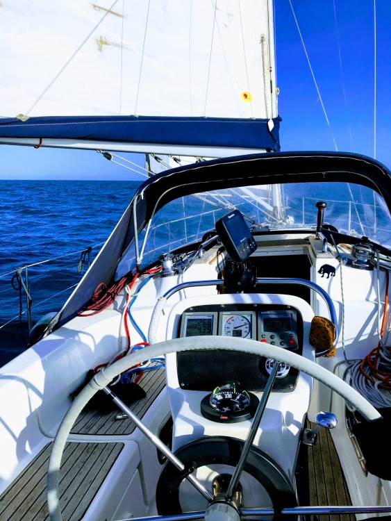 Sailboat for rent Grosseto at the best price
