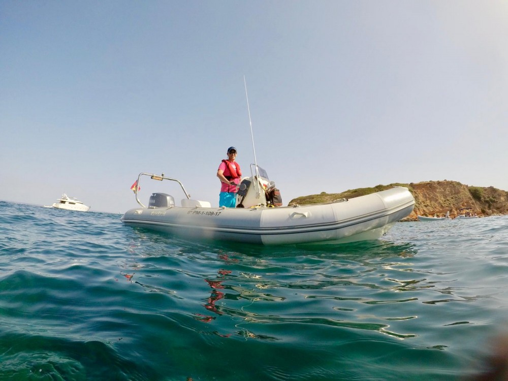Hire RIB with or without skipper Zodiac Palma