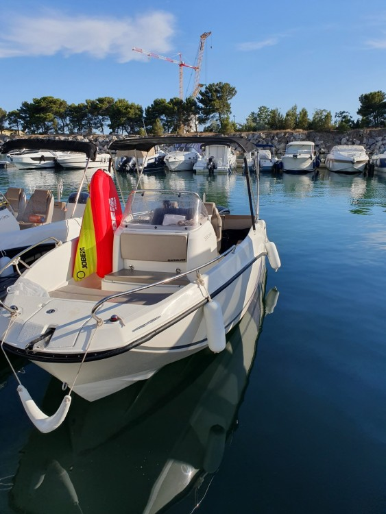 Boat rental Quicksilver Activ 555 Open in  on Samboat