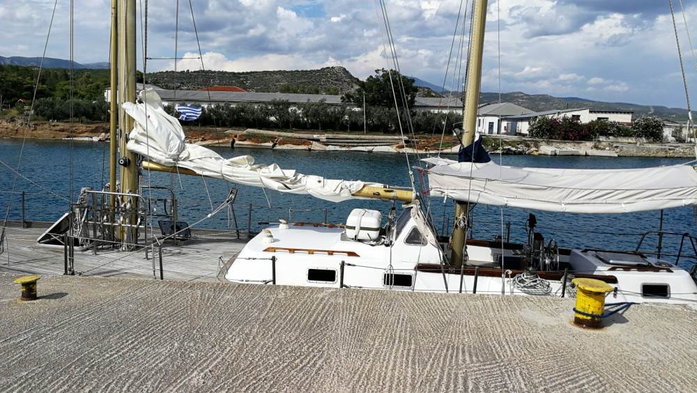 Sailboat for rent Cagliari at the best price