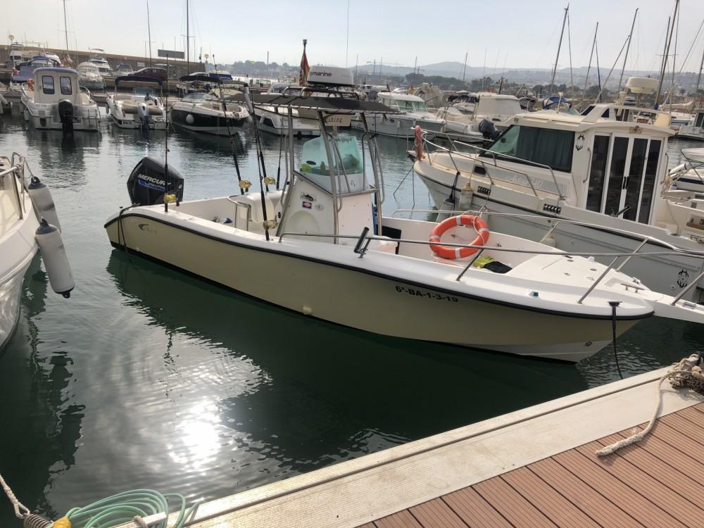 Boat rental Fishing Raptor 240 in  on Samboat
