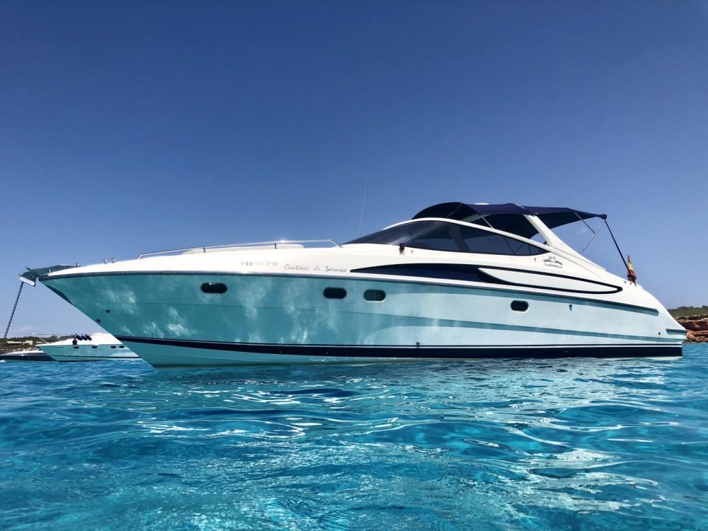 Rent a Cantieri-Di-Sarnico Maxim 40 Ibiza