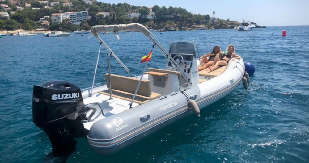 Rental RIB in La Trinité-sur-Mer - Zodiac Medline 660