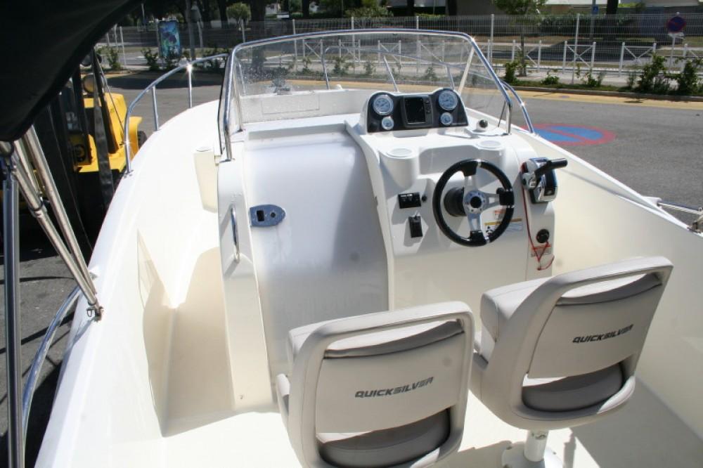 Rental Motorboat in Castelló d'Empúries - Quicksilver Quicksilver 675 Open Activ
