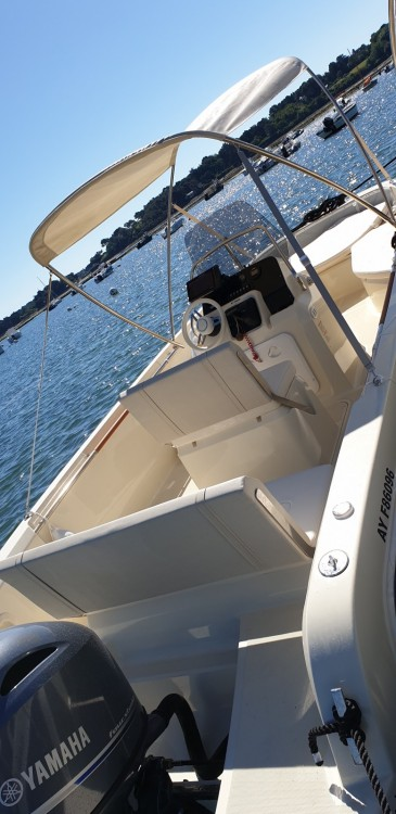 Boat rental Vannes cheap Invictus 190 FX