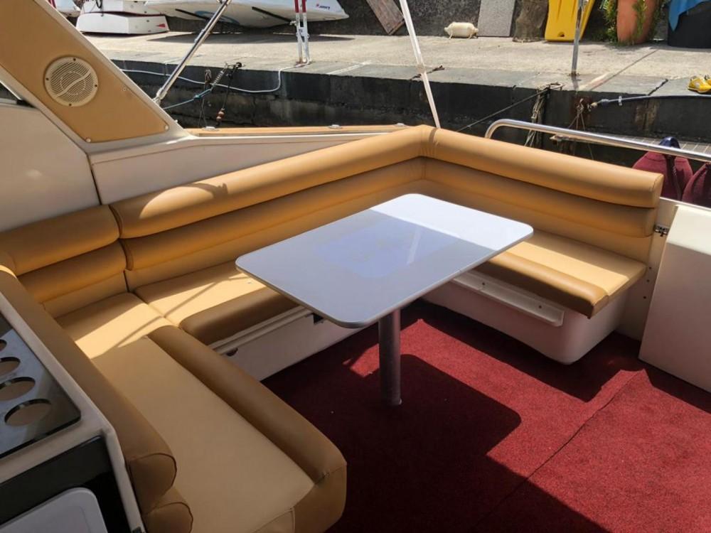 Rental yacht Sorrento - Rio 36 on SamBoat