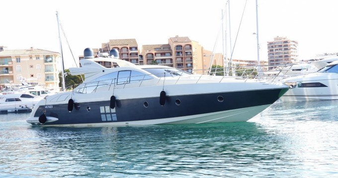 Rental Yacht in Fréjus - Azimut 68S