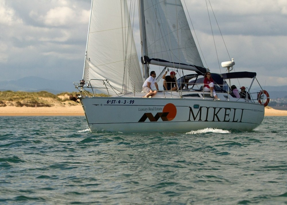Jeanneau sun odyssey between personal and professional Santander