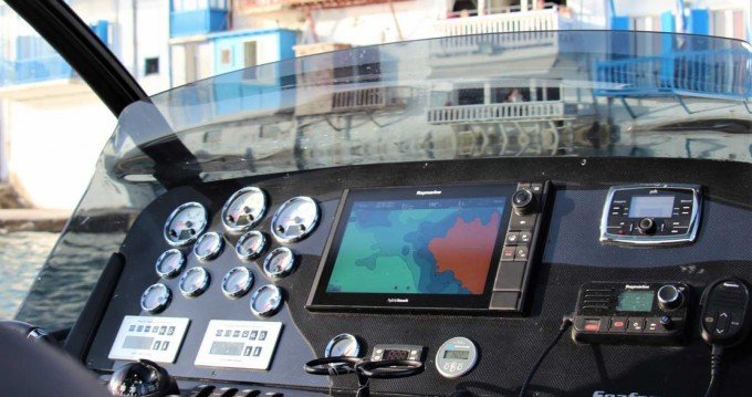 Hire Motorboat with or without skipper Scorpion Mykonos (Island)