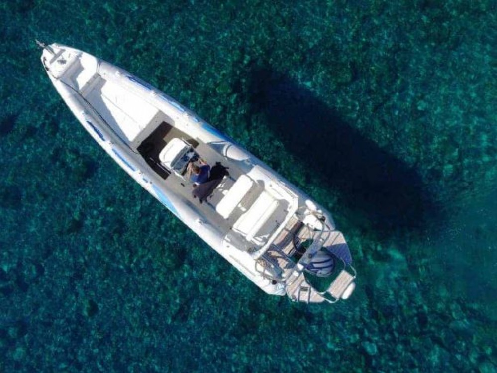 Boat rental Hora Sfakion cheap 930