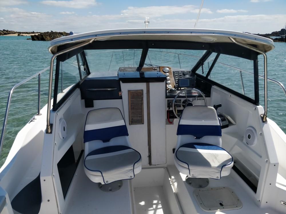Rental yacht Arradon - Bayliner Trophy 2352 on SamBoat