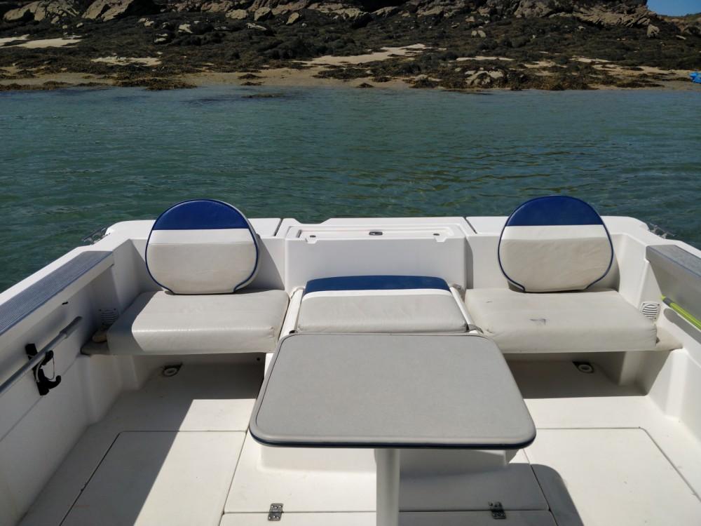Hire Motorboat with or without skipper Bayliner Arradon