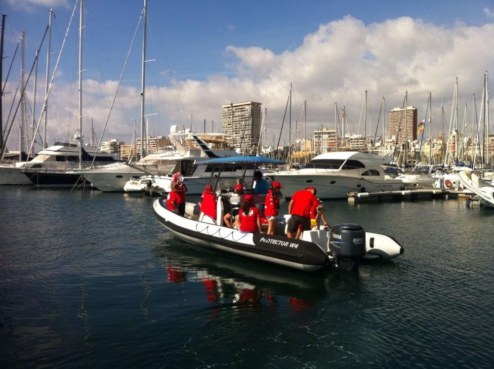 Rental yacht Alicante - Rayglass Protector 8.5 Cabin on SamBoat