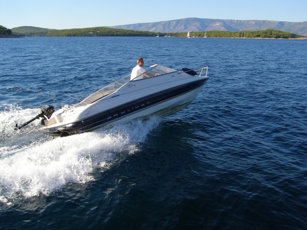 Bayliner Bayliner 2052 LS between personal and professional Zlin