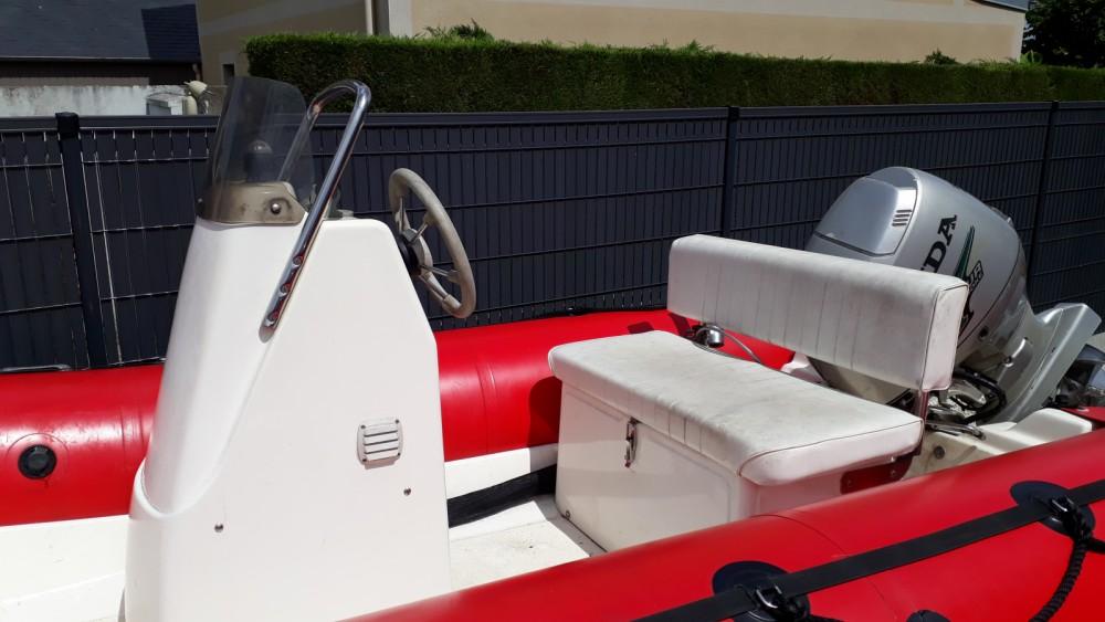 Boat rental Zodiac Pro ll 470 in La Richardais on Samboat
