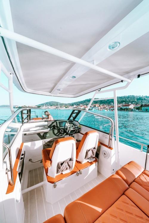 Boat rental Grad Zadar cheap 28 T-Top