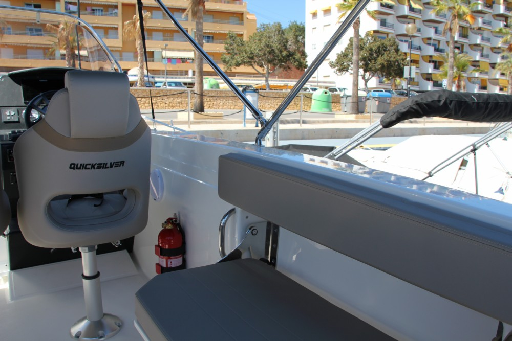 Quicksilver Activ 805 Sundeck between personal and professional la Vila Joiosa / Villajoyosa