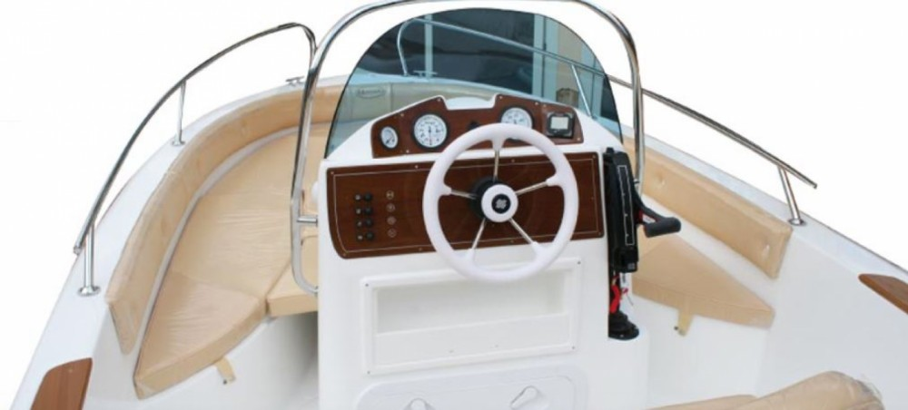 Rental Motorboat in  - Marinello 470