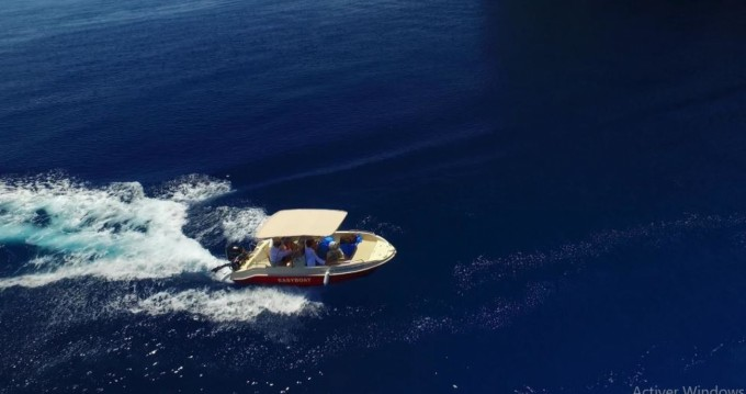 Rental Motorboat Proteus with a permit