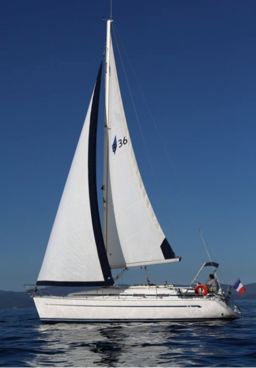 Rental Sailboat in Le Lavandou - Bavaria Bavaria 36