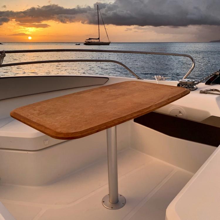 Boat rental Fort-de-France cheap Flyer 7.7 SPACEdeck