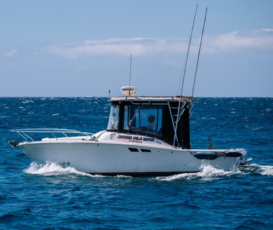 Hire Motorboat with or without skipper Luhrs Canary Islands