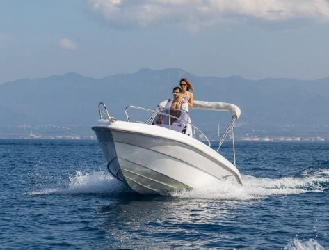 Motorboat for rent Milazzo at the best price