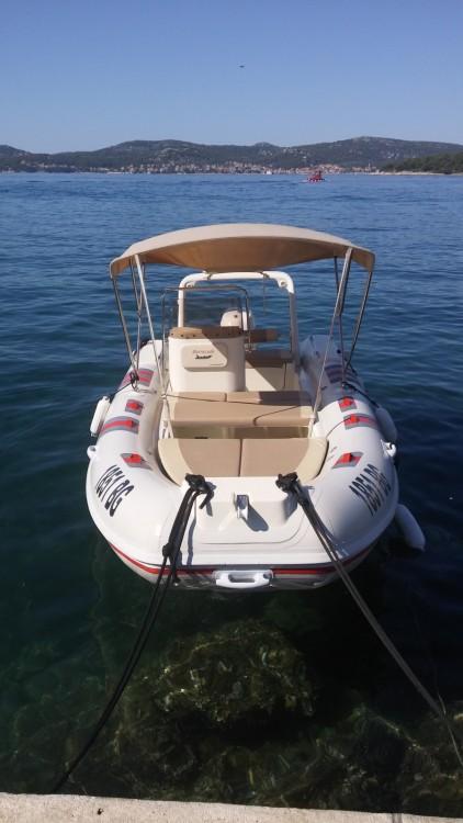 Boat rental Barracuda Barracuda 530 in Grad Biograd na Moru on Samboat